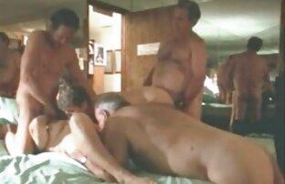 Eine Blondine, Dessous und ein kostenlose pornofilme von reifen frauen Paar Arsch lieben es manchmal, sich anal zu lieben, aber heute hatte sie einen sehr harten Test mit einem Schwanz, also muss sie ihren eigenen Arsch richtig entwickeln, um sich nicht unwohl zu fühlen, sich zu lieben