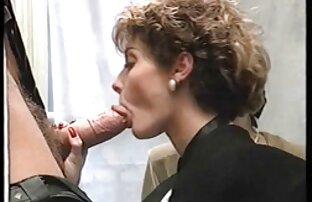 Reifen sex mit zwei pornobilder mit alten frauen faulen Schwiegersohn Männer, während Ihre Frauen das Geld bekommen