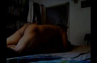 Junge Frau, Piercing, Piercing, Fingerfinger und versuchen, die Membran vor der Vagina manuell zu nackte reife geile frauen entfernen